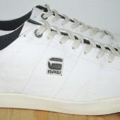 фирменные кроссовки 26 см