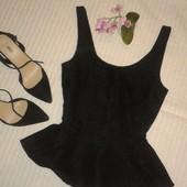 красивая фактурная блуза с баской от Mango,  p.M