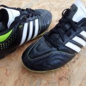 Бутсы футбольные Adidas р.35  , по стельке-21.5 см