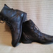 Высокие кожаные ботинки темно-коричневого цвета. Roberto Santi. Италия