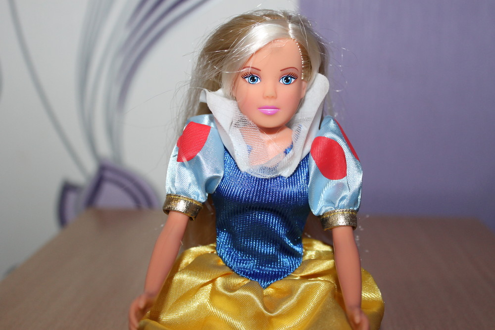 Кукла штеффи steffi love simba в платье белоснежки фото №1