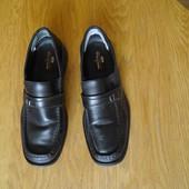Туфлі з замінника розмір 9/43 Clifford James