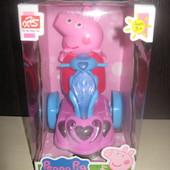 Свинка Пеппа на мотоцикле,музыкальная,свет,новая,в коробке