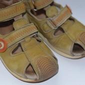 Детские кожаные босоножечки Bartek, 26 размер 16,5 см