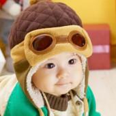 Теплая детская шапочка