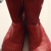 продам кожаные деми сапожки девочке Clarks. размер uk 8,5 G