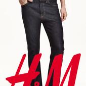 Прямые мужские джинсы из стираного денима фирмы H&M Швеция