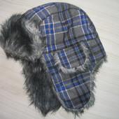 Тёплая зимняя шапка  Ог 54-56