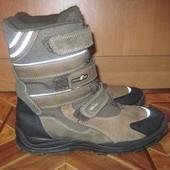 Зимние ботинки (сапоги) Primigi Gore Tex р39 длина стельки-25.5см.