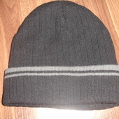 Теплая шапка на флисе мальчику 7-10 лет новая
