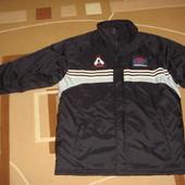 шикарная курточка Adidas (адидас) оригинал.XXL.для спорта.повседневная