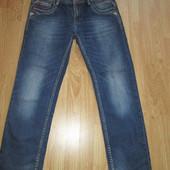 Продам джинсы в отличном состоянии очень хорошего качества