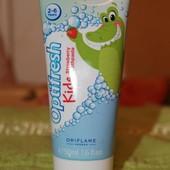 Детская зубная паста с клубничным вкусом «Оптифреш»