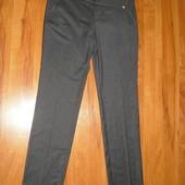Заужені брюки бренду Maeva  розмір 44 Італія