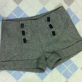 Классные шорты. Размер S