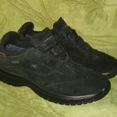 Ботинки кроссовки Lowa Gore-tex 39.5 р-р стелька - 25-26 см с загибом, в отличном состоянии, нат.зам