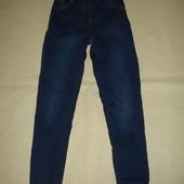 Фирменные джинсы скинни на 7-8 лет в идеале темно синие