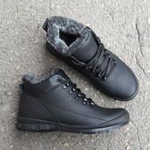 Качественные зимние ботинки кожа по отличной цене Размеры 40 и 43