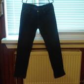 Чоловічі джинси в хорошому стані(w33 l32)