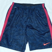 Nike классные шорты,М р-р,оригинал,сток