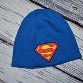Фирменная теплая шапочка шапка мальчику Супермен