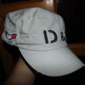 Фирменная стильная кепка D&G .м-л .