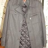 Продам мужское пальто в идеальном! 48 размер Отправлю наложенным платежом без предоплат.
