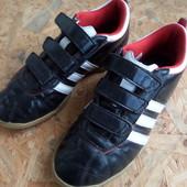 Кроссовки Adidas -оригинал размер 37-38-длина стельки-24 см