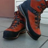 Ботинки треккинговые Lowa Mountain Expert Gore-Tex р-р. 41-й
