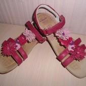 Босоножки,сандали Clarks Active Air для девочки,кожа, р-р 30-31,19,5 см