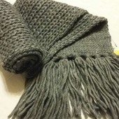 Красивый теплый вязанный шарф, ТСМ(германия) , размер 180 на 15 см