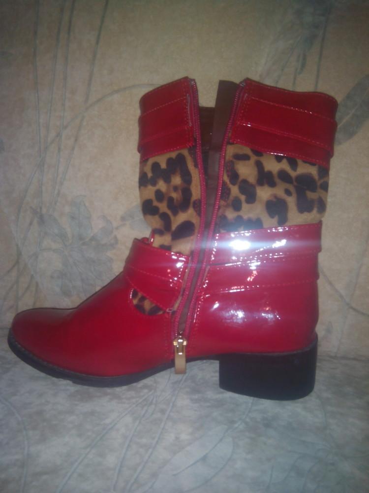 Оригінальні чобітки для модниці фото №1
