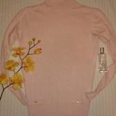 Отличный теплый гольф пудрового розового цвета от CC, ангора и кашемир! p.M