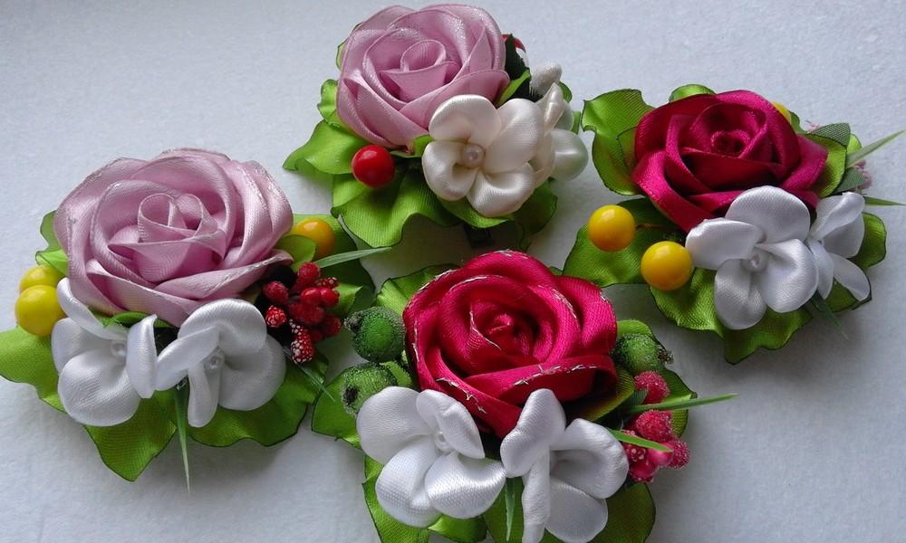 Заколка троянда різних кольорів фото №1