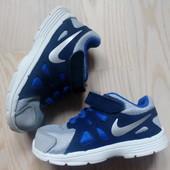Кросівки Nike 23,5 розмір, устілка 14,5 см.
