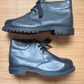 Новые (50/14 размер, 32 см) робочие ботинки со стальными носками