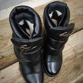 Зимние Ботинки сникерсы ZaNti . Натуральная кожа, внутри мех.