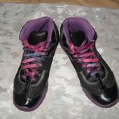 Кожанные ботинки Clarks 33.5(1.5)р. стелька 22 см
