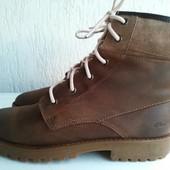 Кожаные демисезонные ботинки Clarks 37-37,5 р. Въетнам