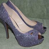 Туфли Guess оригинал 40-41 размер