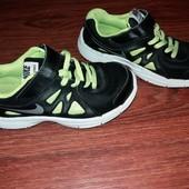 Кроссовки Nike UK 12р. 19.5 см.