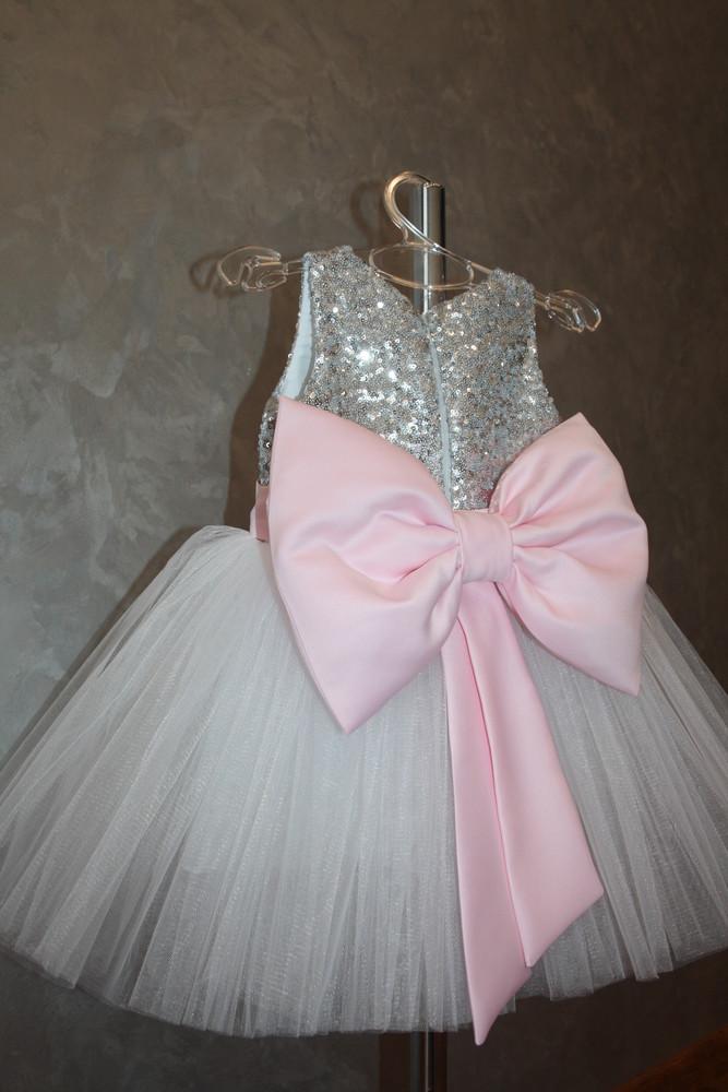 044b9e168c5 Шикарное нарядное платье на годик !!! фото №1