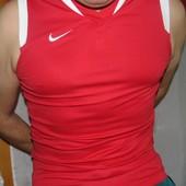 Фирменная спортивная  майка стильная Nike .м.  .