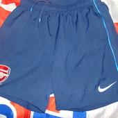 Спортивние фирменние оригинал футбольние шорти труси Nike .Ф.к Арсенал .s-m