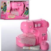 Детская швейная машина 2030, шьет, с педалью.
