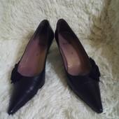 Продам кожаные туфли HOGL размер 38