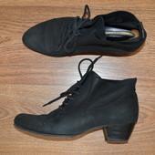 Р - 40 стелька - 26,5 см. Ботильены, ботинки Tamaris Германия фирменные оригинал