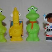Фирменные фигурки человечки космос инопланетяни Happy land от ELC mothercare мазекеа