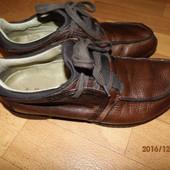 (№і307)фирменные кожаные мокасины 40-41 р UK 7 Hub