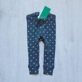 Новые штаники в звездный принт. Модель унисекс. H&M. Размер 4-6 месяцев